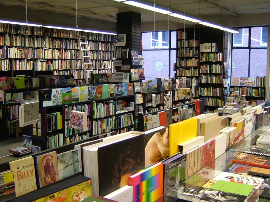 Blick in den Kunstbuchladen Sautter+Lackmann in der Admiralitätsstraße Foto: Florian Sautter