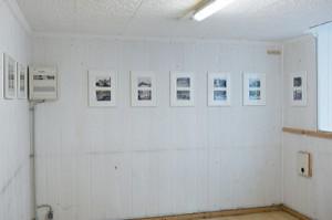"""MÜLLKELLERGALERIE Ausstellungsansicht """"Qualität ist kein Zufall"""", 2014"""