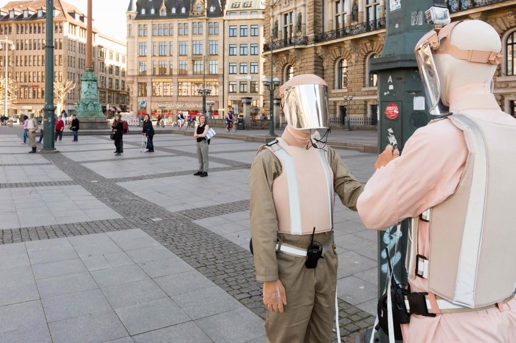 Alice Peragine, Soft Core–Protection Procedure, Rathausmarkt 2016, Foto: Helge Mundt