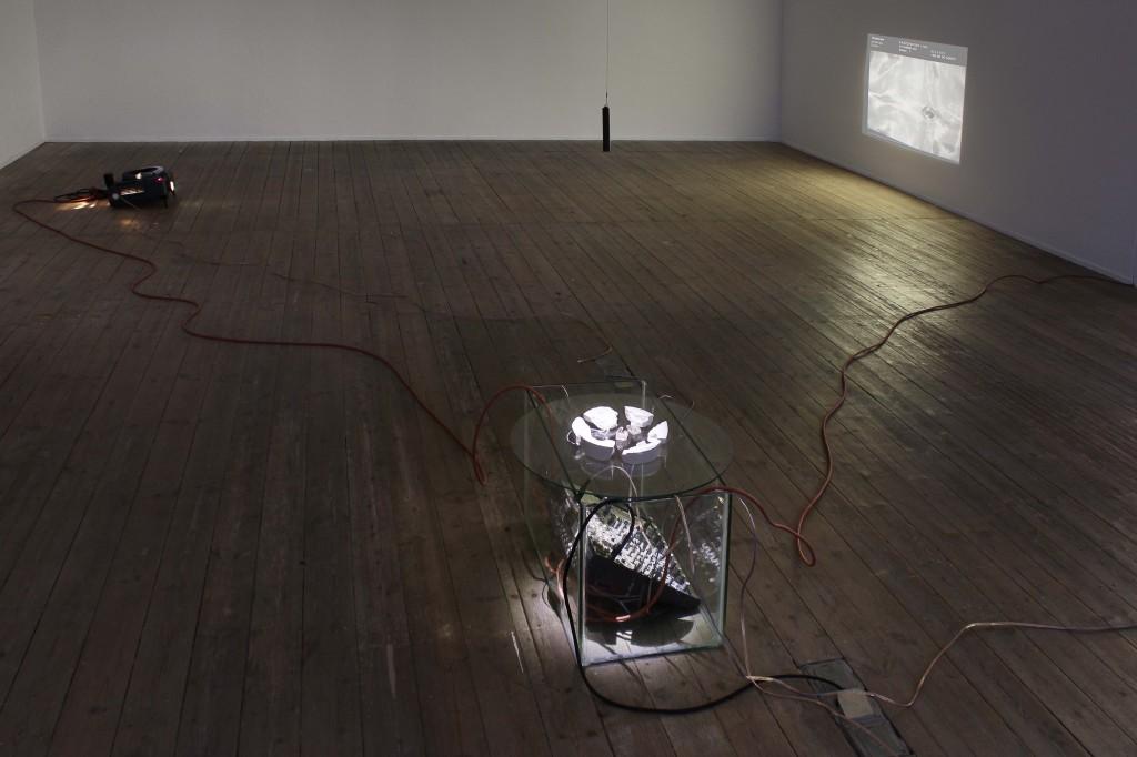 Alice Peragine, Soft Core–Audio/Visual Room, Galerie Conradi 2016, Foto: Heiko Neumeister